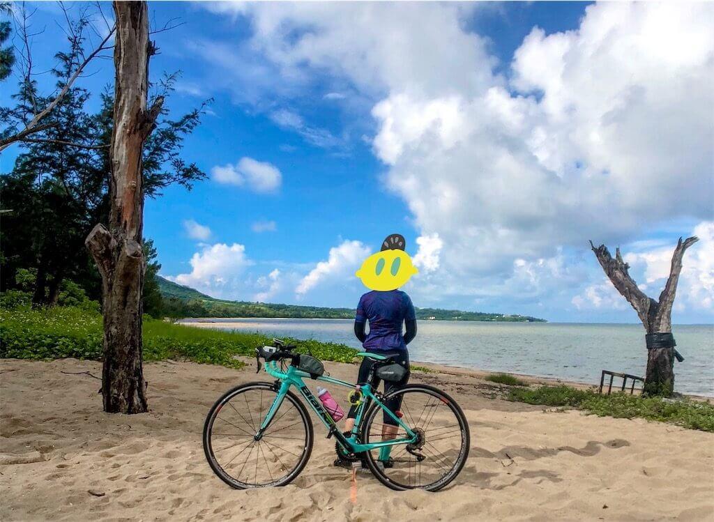 石垣島のビーチと自転車