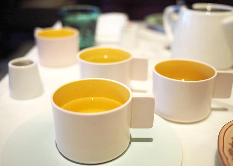 billsのアフタヌーンティー、お茶のおかわり