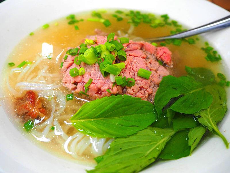 フォーホアパスター_半ナマ牛肉のフォー