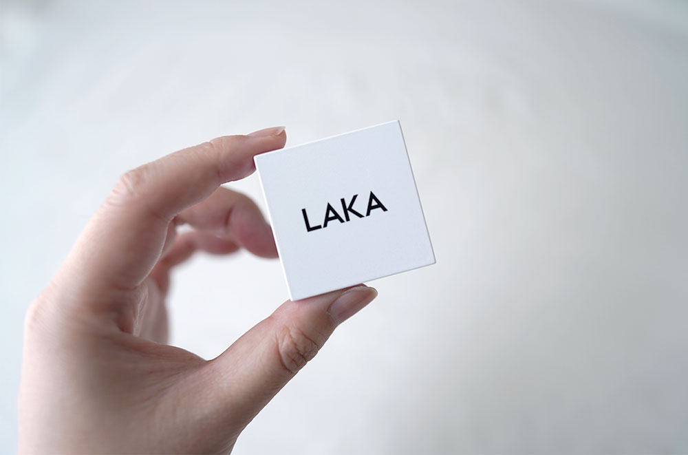 LAKAのジャストアイシャドウ